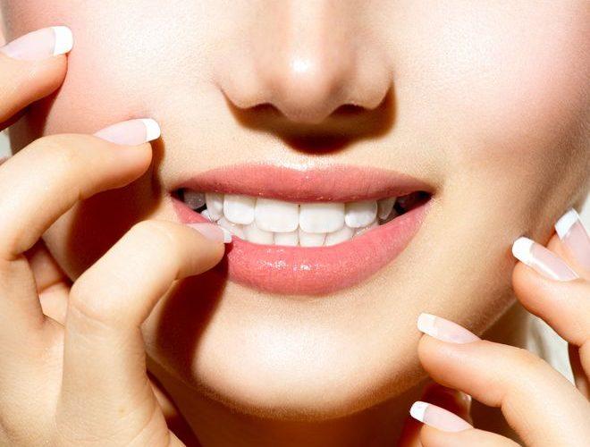 کلینیک دندانپزشکی آرکا - مراقبتهای بعد از ایمپلنت دندان