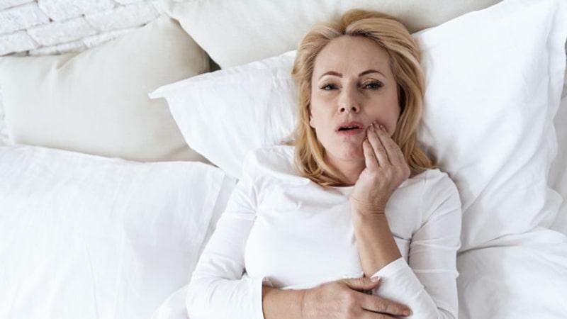 عفونت دندان - علائم و نشانه های آبسه دندان