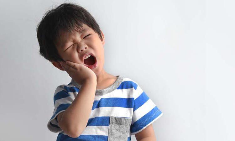 13 مورد از بهترین درمان های خانگی برای پوسیدگی و حفره دندان