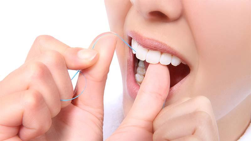 مراقب بعد از اتمام مراحل کامپوزیت دندان