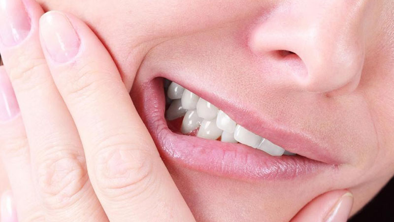 عوارض لمینت دندان و کامپوزیت دندان